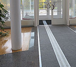 Entrance by Matting - Kontakta oss